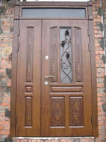 Какие двери лучше всего ставить на дачу или загородный дом