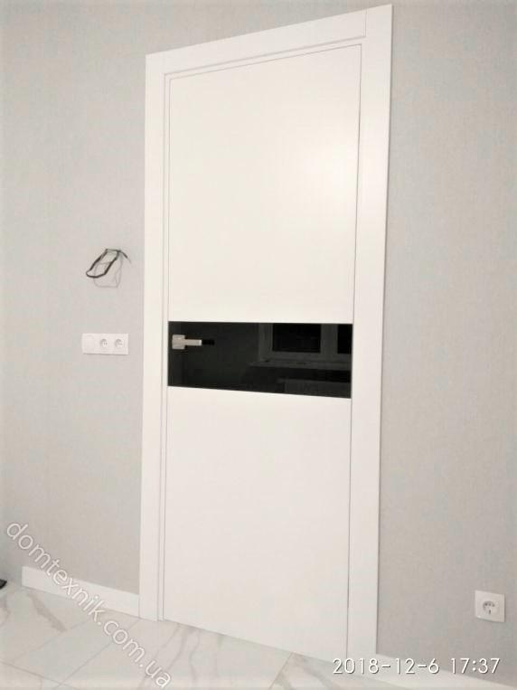 Міжкімнатні фарбовані двері серії Авангард